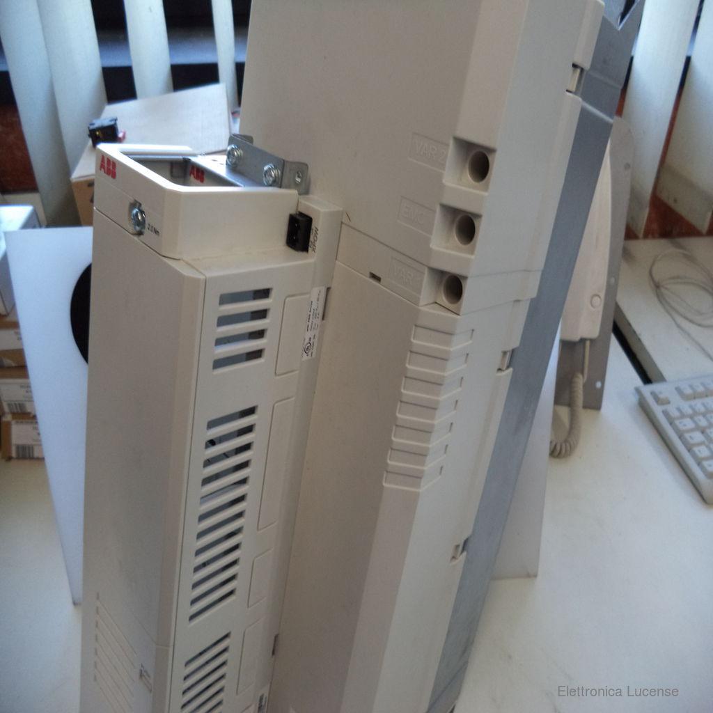 ABB-ACS850-04-035A-5E200J410K454-3